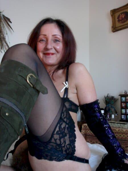 Femme adultère qui aimerait du réel