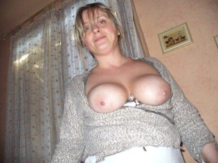 Femme mature coquine de Roanne pour du sérieux