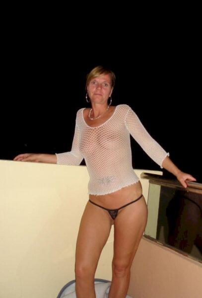 Femme mature coquine soumise pour coquin séduisant assez souvent disponible